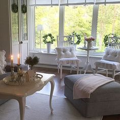 Shabby and Charme: White and grey per una bella casa svedese