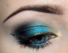 New Year's blue  by Milanka on Makeup Geek
