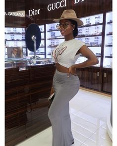 2019 Casual Fashion Trends For Women - Fashion Trends Black Girl Fashion, Cute Fashion, Look Fashion, Fashion Spring, Dope Outfits, Stylish Outfits, Fashion Outfits, Womens Fashion, Fashion Boots