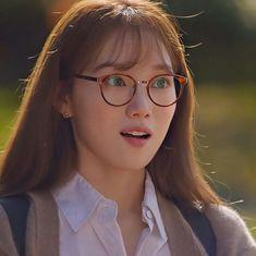 Korean Actresses, Korean Actors, Actors & Actresses, Drama Korea, Korean Drama, Lee Sung Kyung Doctors, Ahn Hyo Seop, Romantic Doctor, Weightlifting Fairy Kim Bok Joo