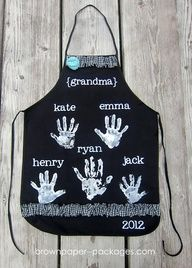 Handprint Apron…sweet Mother's Day idea from the kids to their Grandmother or mother