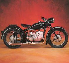 Vintage Motorcycles Classic BMW Want it. Bmw Classic, Classic Bikes, Classic Trucks, Bmw Vintage, Vintage Bikes, American Motorcycles, Vintage Motorcycles, Motos Bmw, Bmw Motorbikes