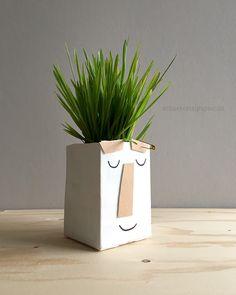 schaeresteipapier: Darf ich vorstellen...Punk mit Irokesenfrisur anpflanzen, basteln, mit Kindern; funny milk carton planter