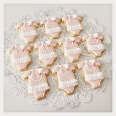 Baby Carriage Cookie -- C.bonbon