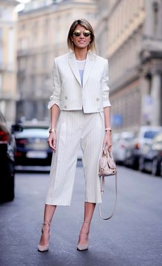It is not today that the wave of Power Dressing has won the hearts of the neat Office Fashion, Work Fashion, Fashion Outfits, Womens Fashion, Fashion Trends, Style Fashion, Style Work, Mode Style, Power Dressing