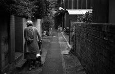 「路地裏 人」の画像検索結果