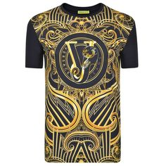 VERSACE JEANS Baroque Print T Shirt (1.805.910 IDR) ❤ liked on Polyvore featuring tops, t-shirts, print tees, crew t shirts, summer tees, cotton crew neck t shirts and short sleeve crew neck t shirt