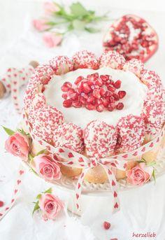 Kardamom-Charlotte Geburtstagskuchen Rezept Hochzeitskuchen herzelieb-6