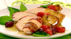 Chicken, Tomato and Olive Bake: simple, easy, tasty and perfect for December entertaining. And the colours look like Christmas too! Bacon Wrapped Chicken, Chicken Bacon, Yummy Chicken Recipes, Yum Yum Chicken, Champion Chicken, Bacon Potato, Chicken With Olives, Rosemary Chicken, Chicken Stuffed Peppers