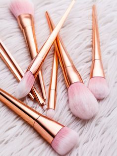 Shop Pink And Gold Professional Cosmetic Makeup Brush Set online. SheIn offers Pink And Gold Professional Cosmetic Makeup Brush Set & more to fit your fashionable needs. Makeup Brush Holders, Makeup Brush Set, Makeup Kit, Makeup Tools, Best Eye Makeup Brushes, How To Clean Makeup Brushes, Best Makeup Products, Make Makeup, Pink Makeup
