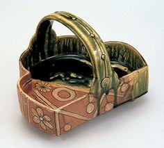 「織部片身替州浜形手鉢」美濃窯/織部焼・鳴海織部 桃山時代 17世紀初