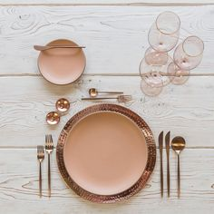 New combo love With our NEW Hammered Copper Chargers + Custom Heath Ceramics in Sunrise + Moon Flatware in Brushed Rose Gold + Bella 24k Gold Rimmed Stemware in Blush + Copper Salt Cellars + Tiny Copper Spoons #cdpdesignpresentation #