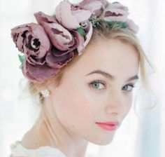 Bridal hairstyles and Bridal hair accessories