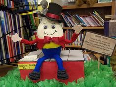 Humpty Dumpty by AJ Fotos, via Flickr