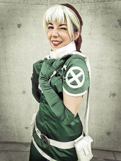 Marvel X-men - Rogue Cosplay Ph: Arianna Berti Rogue Cosplay, Marvel X, Rogues, X Men, Ph, Comic Books, Comics, Classic, Amazing