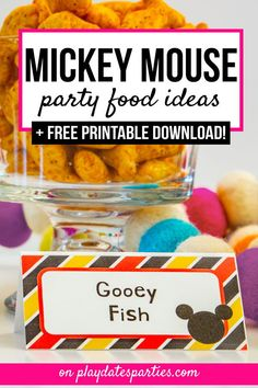 If it's a first or fiftieth birthday party, here are of the cutest Mickey Mouse party food ideas and free printable labels to add to your buffet menu. Mickey Party Foods, Mickey Mouse Snacks, Mickey Mouse Clubhouse Birthday Party, Mickey Mouse Parties, Mickey Birthday, Minnie Mouse, 1st Birthday Foods, Pizza Party Birthday, 2nd Birthday