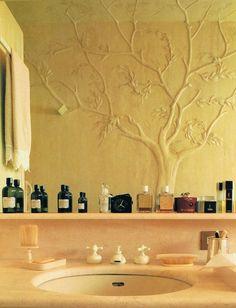 Bas relief on bathroom wall of Mariuccia Mandelli and Aldo Pinto (of the Italian fashion house, Krizia) #villa #details
