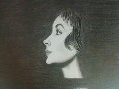 A atriz Elizabeth Taylor em grafite!