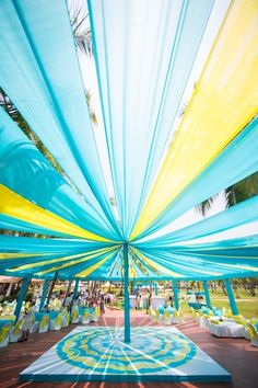 light blue and yellow decor, drapes, blue and yellow drapes, mehendi decor