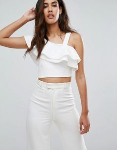 Discover River Island at ASOS. Shop for the latest range of dresses, t-shirts, jeans and accessories available from River Island. Stylish Tops, Trendy Tops, White Outfits, Trendy Outfits, Casual Dresses For Teens, Vetement Fashion, Girl Fashion, Fashion Outfits, Bustiers