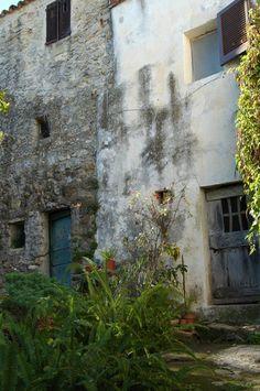 Ventimiglia (IM), Frazione Sealza, Località Case Molinari