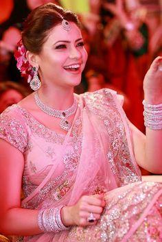 TV Actress Aamna Sharif Wedding Photos ~ Mere Pix