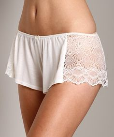Only Hearts Venice Hipster With Lace Antique White at Largo Drive Underwear & Swimwear Pretty Lingerie, Beautiful Lingerie, Lingerie Set, Women Lingerie, Nightgown Pattern, Cute Sleepwear, Fashion Tights, Girl Fashion, Womens Fashion