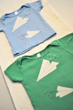 Paper Airplanes | 12/18 mo & 18/24 mo by LRstitched, via Flickr