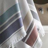 Serviettes de bain Folk Le Jacquard Français - 100% coton - nid d'abeille Caviar, Guest Towels, Hand Towels, Bath Sheets, Bath Linens, Beige, Kitchen And Bath, Folk, Blanket