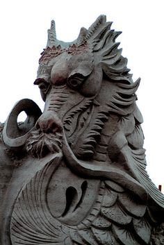 open back cowl scoop dress :)but not for big boobed people who cant not wear bras:-/ Street Art Virginia Beach sand sculpture. Snow Sculptures, Sculpture Art, Disney Films, Kubo And The Two Strings, Hanzo Shimada, Genji Shimada, The Wicked The Divine, Instalation Art, Cool Dragons
