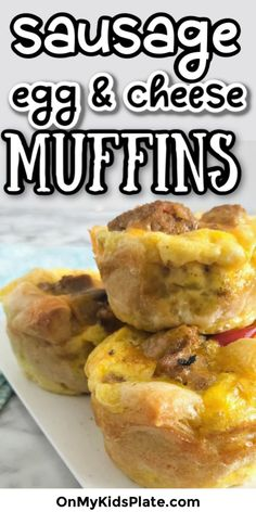 Sausage Egg And Cheese Muffins- This easy recipe is great for Back To School breakfast on the go. Make ahead these yummy egg bites and you can even have a few vegetables for breakfast! Kids love these egg muffins, and they also go great on an english muffin to make a quick breakfast sandwich. Sausage Egg Muffins, Cheese Muffins, Cheese Bites, Sausage And Egg, Breakfast Kids, Quick Healthy Breakfast, School Breakfast, Breakfast Recipes, Morning Breakfast