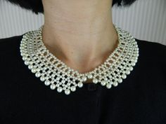 Beaded Collar Necklace with Glass Pearls Peter Pan por sakurapink