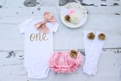 Hey, I found this really awesome Etsy listing at https://www.etsy.com/listing/224618213/baby-girl-1st-birthday-outfit-cake-smash