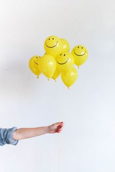 It's Friday! Check out our sunny post today! Including tips on keeping those tiny balloons afloat. by ohhappyday Confetti Eggs, Balloon Surprise, Egg Game, Happy Smiley Face, Yellow Balloons, Yellow Theme, Lovely Girl Image, Upcycled Crafts, Smile Because