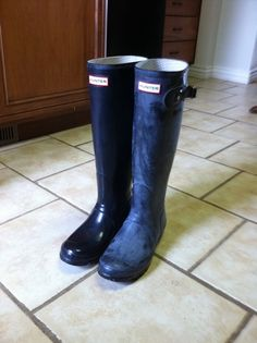 How to make glossy Hunter boots glossy again!
