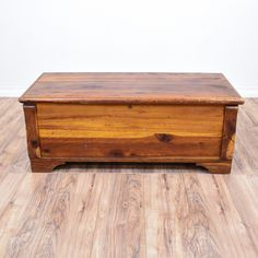 Rustic Cedar Storage Bench Trunk