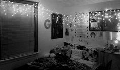 My bedroom, tumblr bedroom, teen room ^.^ ~Gwen