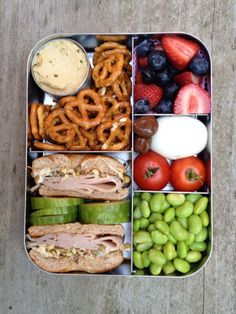 Healthy Lunch Recipes For Kids Bento Box School Lunch Easy Healthy Meal Prep, Easy Healthy Recipes, Healthy Snacks, Healthy Eating, Healthy Lunchbox Ideas, Kids Lunchbox Ideas, Easy Meals, Health Recipes, Detox Recipes