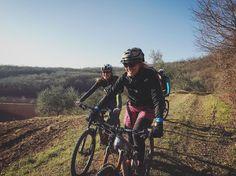 Smiling like every time we ride together! #ridelikeagirl . #womenscycling #girlpower #strongher #ladiesfirst #smithwomen #igerscycling #cycling #cyclingshots #velo #instadaily #me #radgirlslife #lifebeyondwalls #cyclinglife #takemoreadventures #lovecycling #bikegirl #outsideisfree #follow #ciclismo #girl #enjoyeverymile #clicknabike #cyclelikeagirl #picoftheday #socialgnock