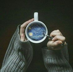 Credit: ArtsyyyAF I love this pin because it seems so simple, but when you look in the cup, it& very complex. I think this is something I& like to try on photoshop with a simple image because it really brings the photo to life. Vincent Van Gogh, Aesthetic Photo, Aesthetic Pictures, Artist Aesthetic, Simple Aesthetic, Aesthetic Design, Blue Aesthetic, Creative Photography, Art Photography