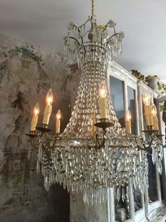 Gorgeous vintage chandelier