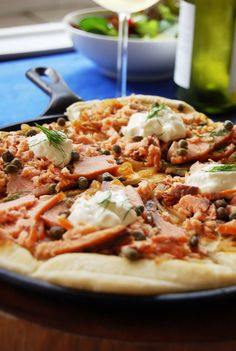 Smoked Salmon Pizza with Caramelized Onions by allthingsnice #Pizza #Salmon #Smoked_Salmon #allthingsnice
