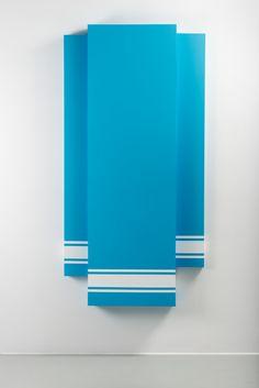 Mathieu Mercier Lascaux 983, 2014  Acrylique sur toile 220 x 111 cm Acrylic on canvas 86 5/8 x 43 ¾ in