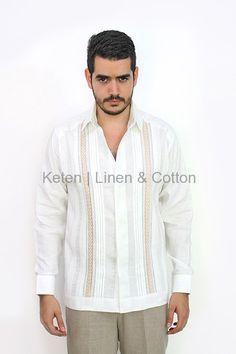 Guayabera de Lino Con Bordado Color Caqui #Guayaberas #Keten #Lino
