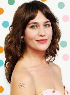 """Lola Kirke: Taylor Swift """"May As Well Have Voted For Trump""""+#refinery29"""