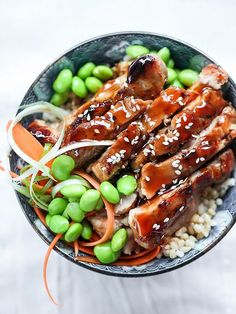7 Spice Teriyaki Chicken Rice Bowls Recipe on Yummly Chicken Teriyaki Rezept, Teriyaki Chicken Rice Bowl, Chicken Rice Bowls, Teriyaki Sauce, Teriyaki Bowl, Healthy Chicken, Chicken Recipes, Asian Chicken, Asian Recipes