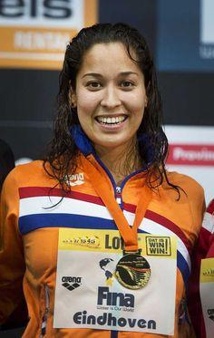 Zwemster Ranomi Krowidjojo heeft woensdag 7 aug 2013 bij de wereldbekerwedstrijden kortebaan in Eindhoven het wereldrecord op de 50 meter vrij op haar naam gebracht. Met een tijd van 23,24 bleef de wereldkampioene op de sprint net onder het oude record dat sinds april 2008 met 23,25 op naam stond van Marleen Veldhuis. En op zondag 4 aug 2013: Kromowidjojo wint goud 50 vrij tijdens WK zwemmen in Barcelona 2013 en brons op de 50 m vlinder, 100 m vrij en 100 m estafette.