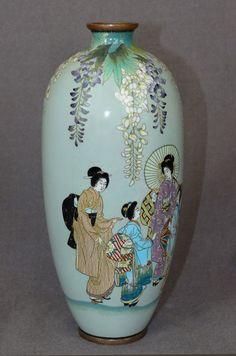 Great Japanese Cloisonne Enamel Vase with figures