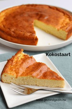 nu - A healthy coconut cake, based on a cheesecake recipe. It has a nice bite bec - Healthy Pastry Recipe, Pastry Recipes, Healthy Sweets, Healthy Baking, Kokos Desserts, Happy Foods, Food Cakes, Christmas Baking, Cheesecake Recipes