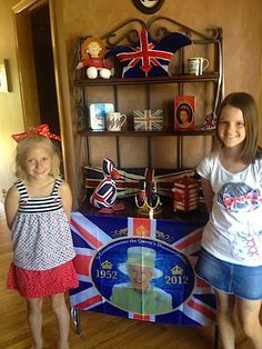 Kids Jubilee Party- decorations, snacks, games and fun! Educational Activities, Activities For Kids, Teaching Kids, Teaching Tools, Student Centered Learning, Geography For Kids, Map Skills, Anthropologie, Patriotic Decorations